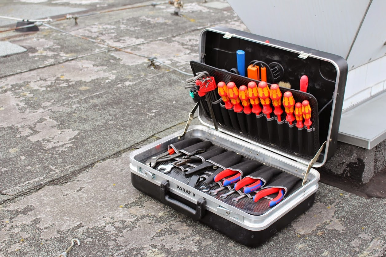 06 Tools